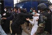 coronavirus doctors demanding virus safety equipment arrested in pakistan