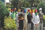 devotees broke the locks of quarantine centers in tarn taran