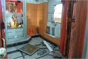 thieves took away temple donation box in chhatterpur