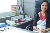 senior gynecologist aruna kalra helped the women of society