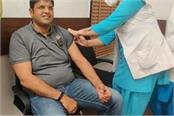 deputy cm dushyant got the first dose of corona vaccine