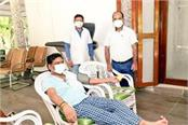 hemant soren donated blood for rims blood bank said this