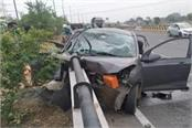 three killed in car collision in agra
