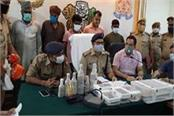 joint team of up stf and jhansi police caught illegal liquor worth one crore