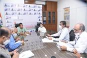 mamta meets gadkari  discusses electric vehicle industry in west bengal