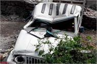 jeep fall into ditch death of one 17 injured