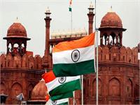 आज 100 करोड़ कोरोना वैक्सीनेशन पूरा होने पर भारत लालकिले पर फहराएगा देश का सबसे बड़ा खादी तिरंगा