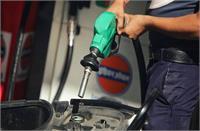 पेट्रोल-डीजल की कीमतों में फिर रिकॉर्ड बढ़ोतरी, जानिए कहां है देश में सबसे महंगा तेल