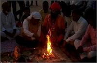 राम की पैड़ी पर हुआ दीपोत्सव का भूमि पूजन, 9 लाख दीप जलाए जाने की तैयारी