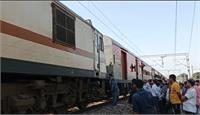 अंबाला- दिल्ली रेल मार्ग पर इंजन हुआ खराब, डेढ़ घंटे तक बाधित हुआ रेलवे ट्रैक