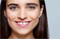 दांतों के गैप में छिपे भविष्य से जुड़े ये संकेत, जानिए ये दिलचस्प जानकारी