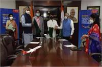 दिल्ली-तिरुपति मार्ग पर स्पाइसजेट की उड़ान को सिंधिया ने हरी झंडी दिखाई