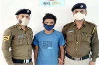 2 लाख रुपए के सिगरेट चुराने वाले आरोपी चढ़ा पुलिस के हत्थे