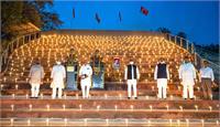 अंबेडकर जयंती की पूर्व संध्या पर सपा मुख्यालय पर मनाई गई ''दीपावली''
