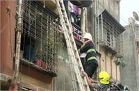 महाराष्ट्र: उल्हासनगर में इमारत का छज्जा ढहने से 5 लोगों की मौत