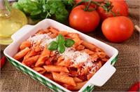 बच्चों को बनाकर खिलाएं रेस्टोरेंट जैसा ''Red Sauce Pasta''
