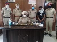 जालंधर पुलिस ने सोने के गहनों सहित चोर को किया काबू