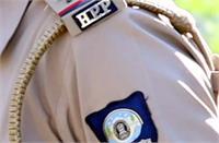 मारपीट मामले की छनबीन करने गए पुलिस व होमगार्ड कर्मी से हाथापाई, वर्दी फाड़ी