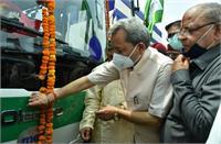 रायपुर-सेलाकुई मार्ग पर 5 इलेक्ट्रिक बस शुरू, तीरथ सिंह रावत ने हरी झंडी दिखाकर कियारवाना