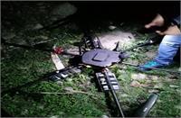 5 किलो IED के साथ जम्मू के कानाचक सेक्टर में उड़ता दिखा पाकिस्तानी  ड्रोन,  सुरक्षा बल ने मार गिराया
