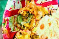 एनआईटी-2 ठक्कर भोजनालय के कढ़ी-पकोड़े में निकली मरी हुई छिपकली, 2 लोगों की तबीयत खराब
