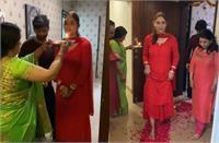 फूलों से गृह प्रवेश:शादी का जश्न मनाने के बाद दुल्हनिया को लेकर घर पहुंचे राहुल वैद्य, सास ने पूरे र