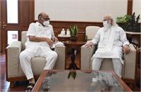 NCP चीफ शरद पवार ने पीएम मोदी से की मुलाकात, करीब एक घंटे तक हुई चर्चा