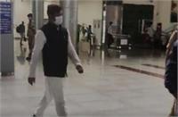 बिहार के मंत्री मुकेश सहनी को UP में नो एंट्री, पुलिस ने नहीं आने दिया एयरपोर्ट से बाहर