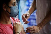 देशभर में 42 करोड़ से अधिक लोगों का हुआ टीकाकरण, एक दिन में रिकॉर्ड 42 लाख लोगों को लगा टीका