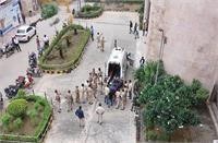 राजधानी दिल्ली की रोहिणी अदालत गैंगवार से लहूलुहान
