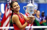 ब्रिटेन की क्वालीफायर एमा राडुकानु ने जीता अमरीकी ओपन का खिताब