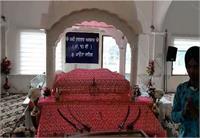 पावंटा साहिब के ऐतिहासिक गुरुद्वारा साहिब में कवि दरबार बनकर तैयार