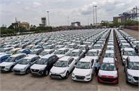 अगस्त में कारों की बिक्री 13 प्रतिशत घटी