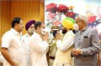 कांग्रेस ने पंजाब में दोहराया भाजपा का 'गुजरात प्रयोग'