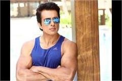 sonu sood is arranging the stay of 20 000 migrent labour in noida