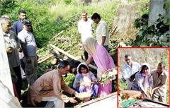 girthauli daughter father funeral