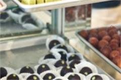 diwali laddu  coconut barfi  gulab jamun