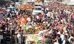 una lord krishna procession