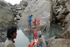 trustful kinner kailash travel bad weather