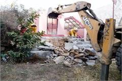 jcb run on narayani devi temple know what is the matter