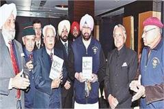 capt amarinder rejuvenated old memories with nda colleagues after 58 years
