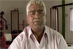 mahavir will go to china to teach wrestling