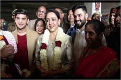 hema malini reached kurukshetra and visited temple of iscon
