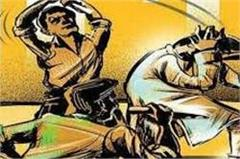 gannaur  young man  threatening  police  villagers