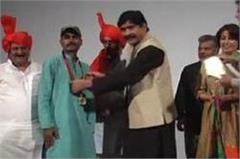 om puri life achievement award