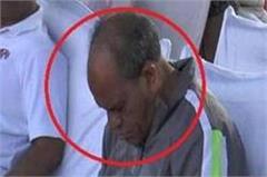 mp minister gaurishankar bisen sleep at international yoga day event