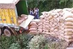 a truck full of ration hanging in the air at chamba pathankot nh