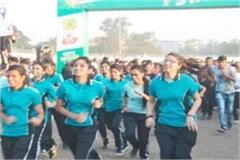 more than 20 thousand people ran marathon