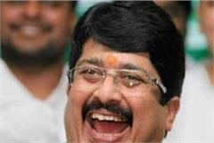 raja bhaiya can announce the new party