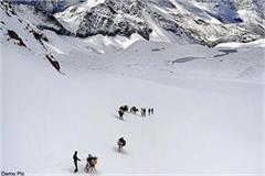 150 shepherd stranded in minus 18 degree temperature in bada bhangal